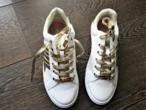 Adidasi, head over heels by dune, trainers, alb auriu, uk