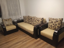 Canapea cu fotolii aproape noi