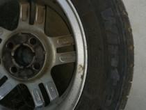 Jante aluminiu Ford + 2 cauciucuri 195/60 R15 88T de iarna