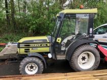 Tractor hurliman prince435