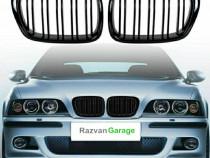 Set grile BMW seria 5 E39 capota (94-04) grila negru lucios