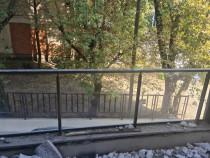 Balustrada sticlă securizata