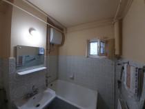 Apartament 2 cam cf. 1, decomandat, Girocului proprietar