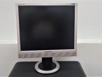 Samsung syncmaster 913TM monitor 19 inch