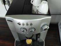 Aparat de cafea DeLonghi Magnifica