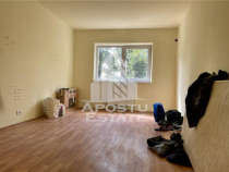 Apartament cu o camera langa Thalia, Lipovei