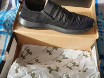 Under Armour, Pantofi sport slip-on, ideali pentru fitness