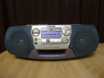 Radio-casetofon, CD, portabil Sony