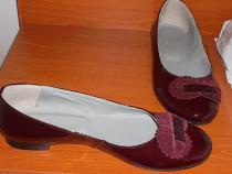 Pantofi noi piele lacuita