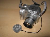 Fujifilm Finepix 2800Zoom, 6X optical zoom, SmartMedia 64 MB