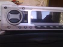 Radio casetofon Clarion