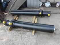 Reparam cilindrii hidraulici de utilaje