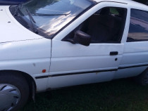 Piese ford escort motor 1,3 benzina