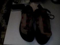 Papuci de catarat