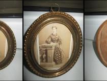 Kabinet foto antic: Femeie de epoca perioada 1900.