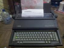 Masina de scris electric olivetti