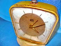 6386-Ceas masa Ruhla vechi alama functional.
