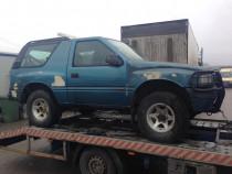 Dezmembrez Opel Frontera A 2.0i 4x4