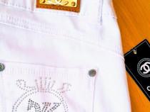 Pantaloni/blugi albi dama Chanel//aplicatii broderoe