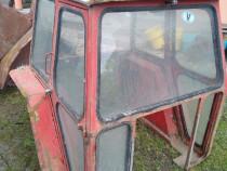 Cabina tractor 30--60cp