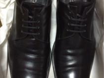 Pantofi Doucal's 42/43