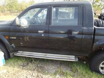 Usa Mitsubishi L200 usi fata spate stanga dreapta cabina 2