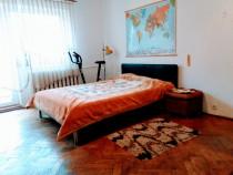 Inchiriez apartament 3 camere, decomandat in cartier Marasti
