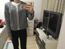 Sacou Reserved alb cu negru, marime M-L, nou cu eticheta