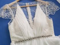 Rochie de mireasa + voal cadou!