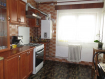 Apartament 3 camere, 79mp utili+balcon-zona Dorobantilor