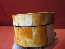Cutie din lemn si os-Vintage, lucrata manual-un cadou inedit