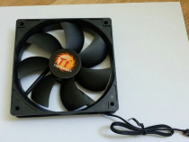 Cooler carcasa 120mm thermaltake