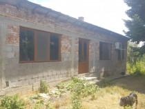 Casa //Zona Linistita // Central Ramnicu Sarat