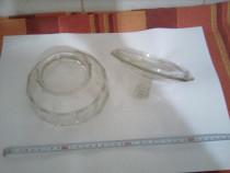 Bomboniera veche din sticla ( 2 piese = bomboniera + capac
