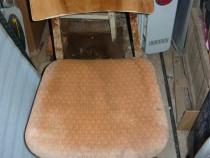 Scaune cu spatar lemn lacuit sezut tapitat