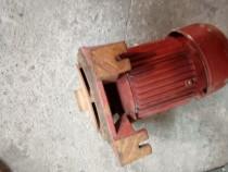 Motor electric 220v 1100 W pt pompa hidrifor SCHIMB