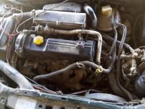 Dezmembrez Opel Corsa B 1,7 diesel anul 2000