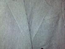 Costum nou-nout,elegant,lana pura.