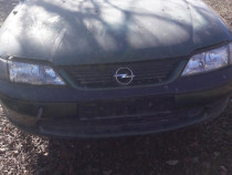 Dezmembrez Opel Vectra, 2.0 , an 1999