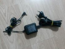 Incarcator statie radio Kenwood (220v / 12v / 300 mA)