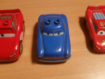 Jucarii ,masinute,in stare buna,din seria THE CARS la set