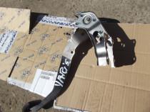 Pedala acceleratie Toyota Yaris 1.4 diesel 2005-2011 pedala