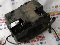 Suport cu capac baterie peugeot 508 sw 2.0hdi motor rhf 140