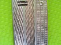 10029-Bricheta vintage Austria laser arama argintie.