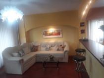 Inchiriez apartament cu 3 camere, 2 bai, zona ITC Florilor