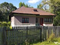 Casa batraneasca+2500 mp teren in Provita de sus