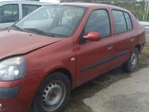 Dezmembrez Renault Clio 1.4 16v