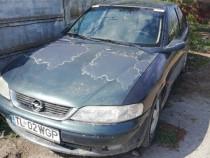 Dezmembrez Opel Vectra b 2.2 dti