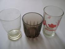 Pahare vintage de sticlă
