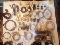 Întrerupătoare,motoare,cabluri diverse.